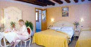 hostel reservations in Venice